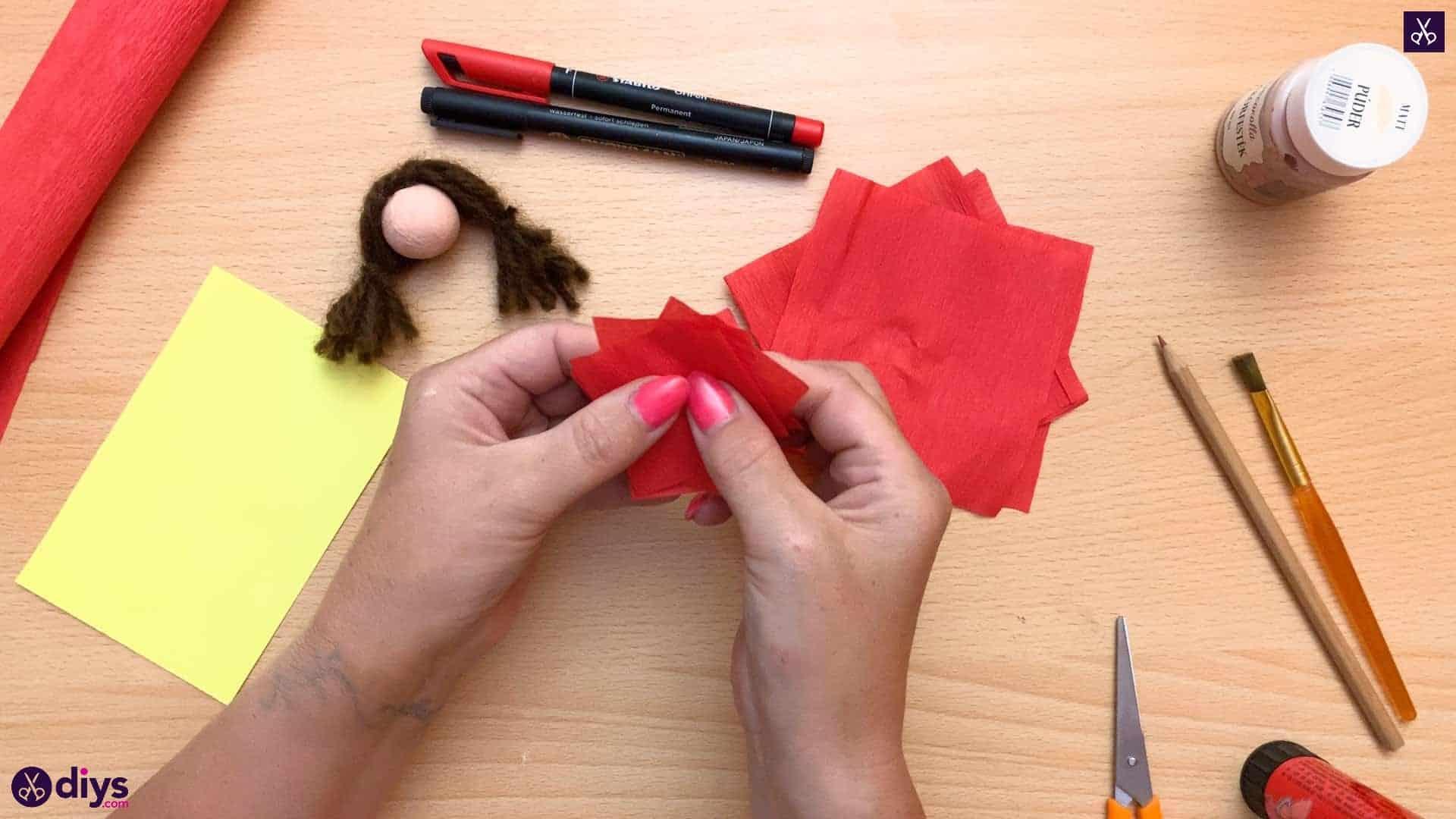Diy pencil puppet fold