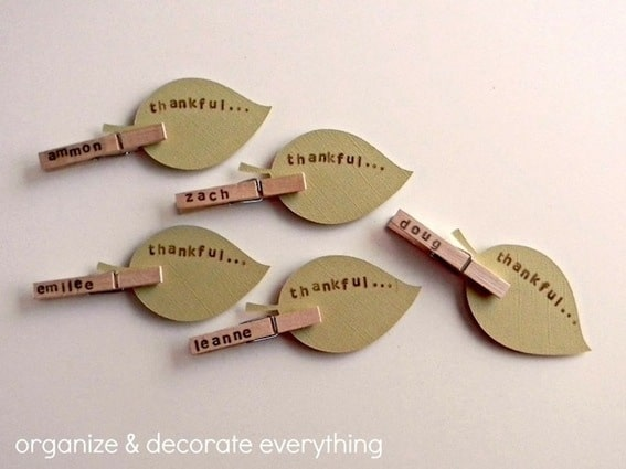 Easy and cute clothespin leaf place cards