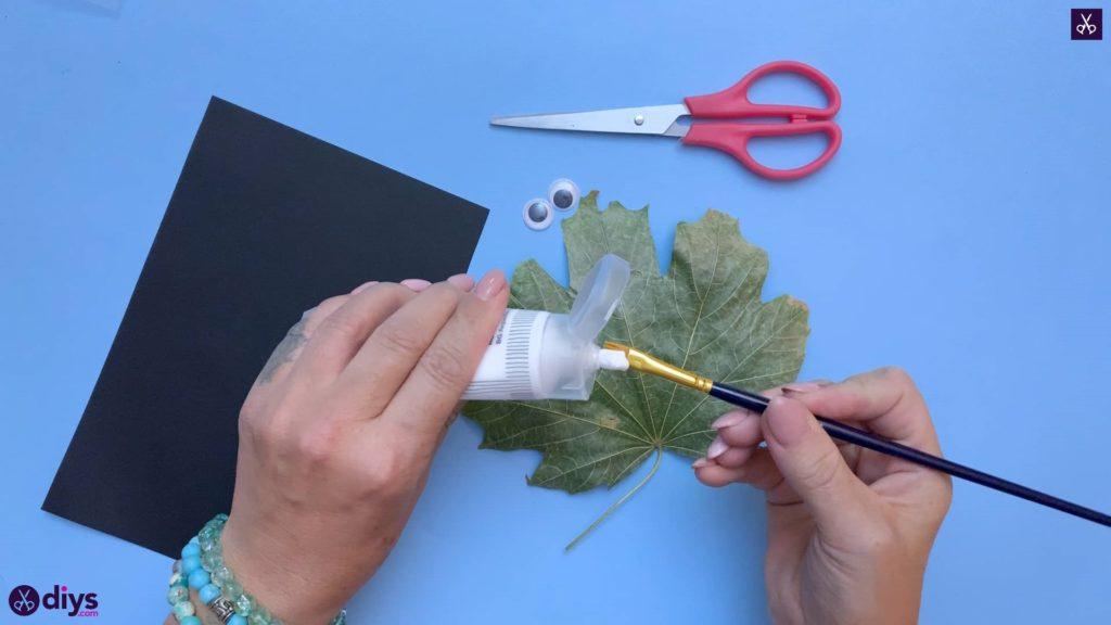 How to make a fall leaf ghost glue
