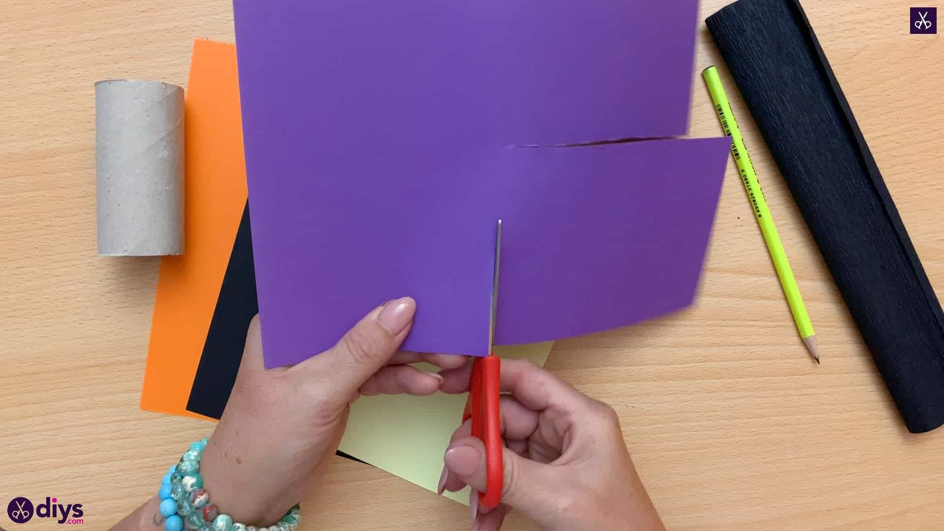 How to make a halloween candy holder shaped like a witch's boot cutting paper 1