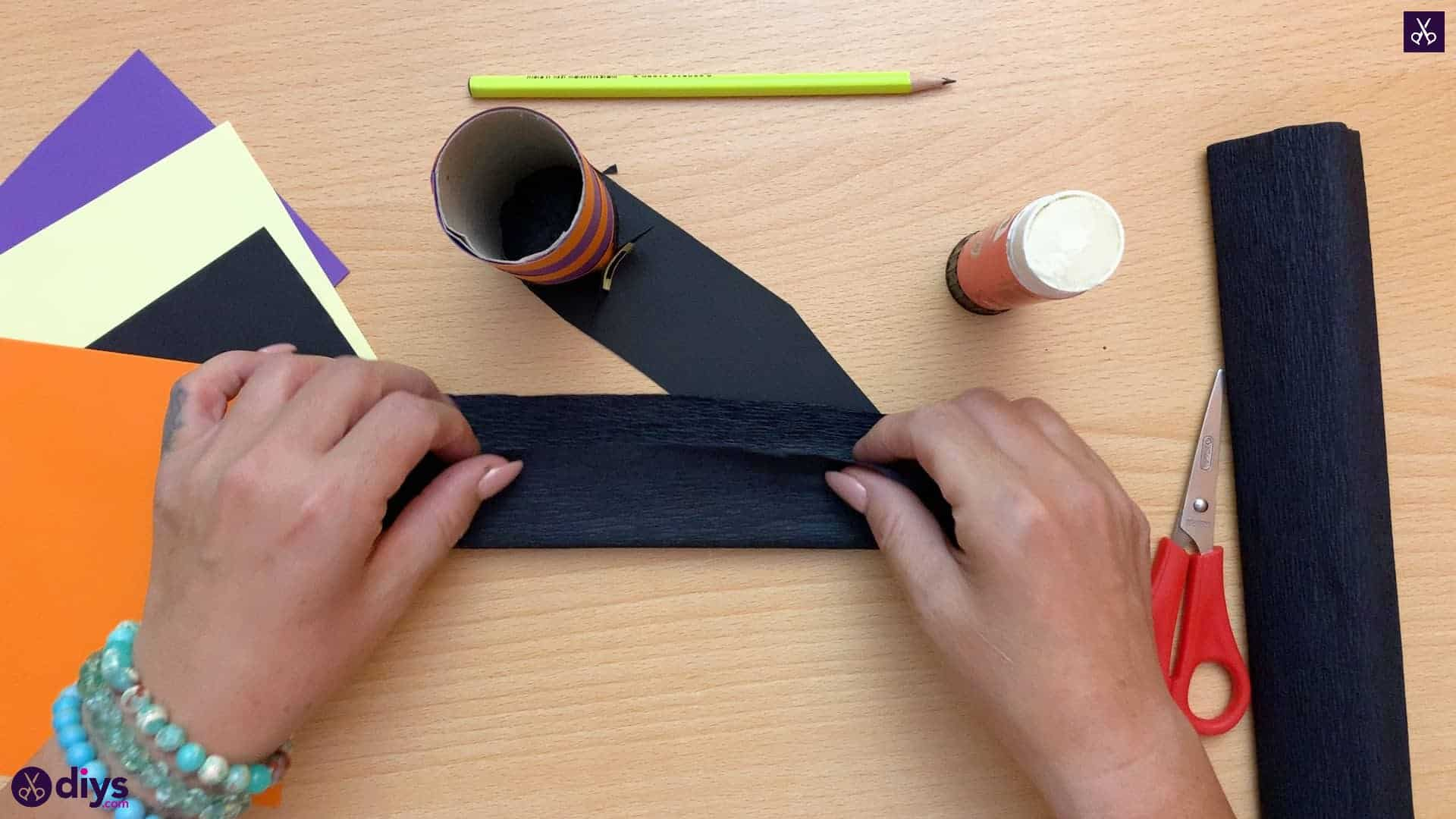 How to make a halloween candy holder shaped like a witch's boot wrapp