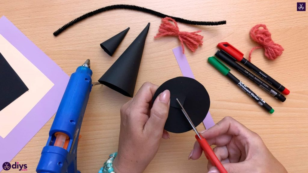 How to make a paper cone witch for halloween hat