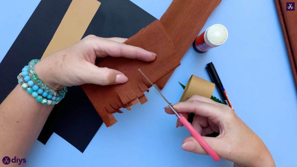 طرز تهیه جوجه تیغی کاغذی روی کاغذ کرپ برگ پاییزی