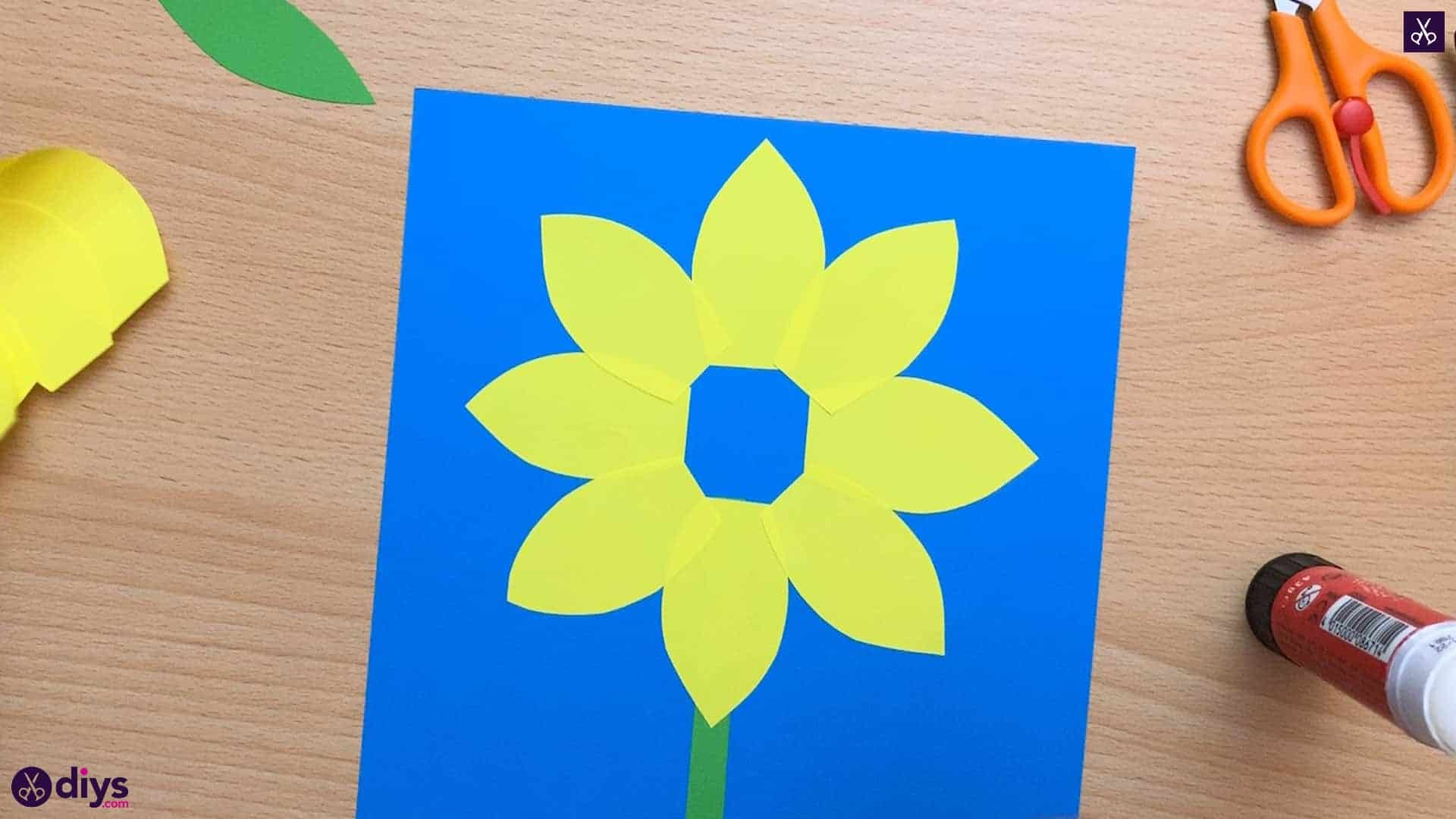 How to make a paper sunflower flower