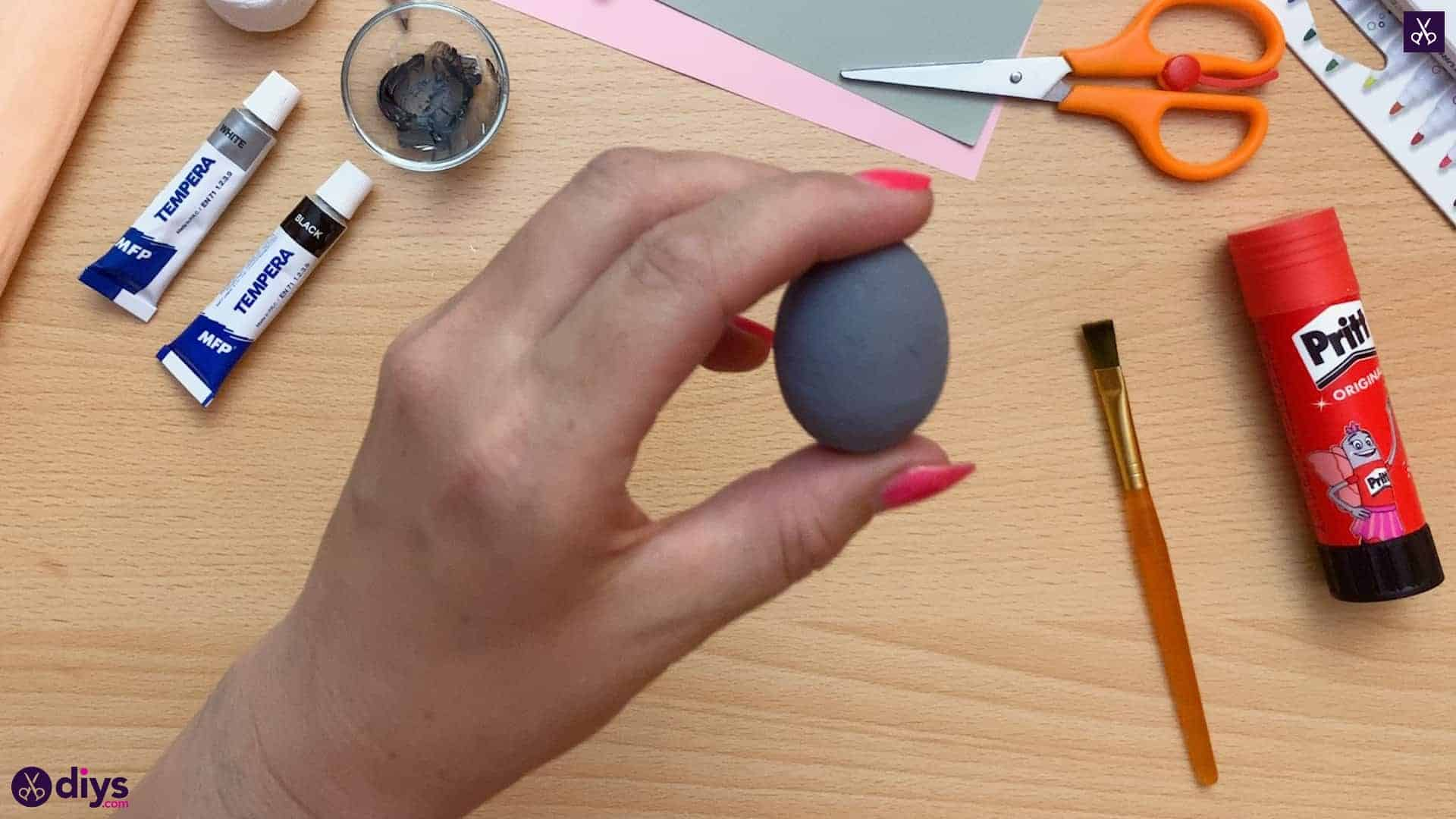 How to make a spun cotton ball mouse painted