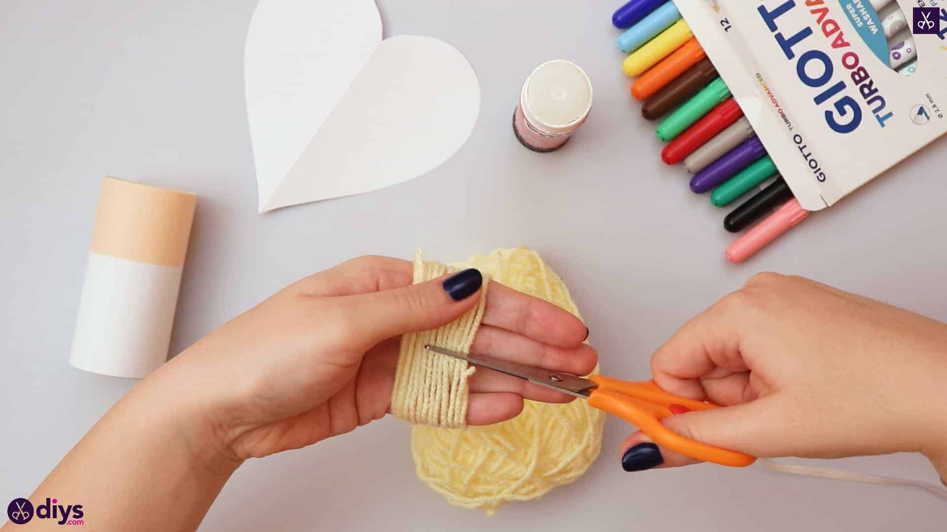 How to make a toilet paper roll angel yarn