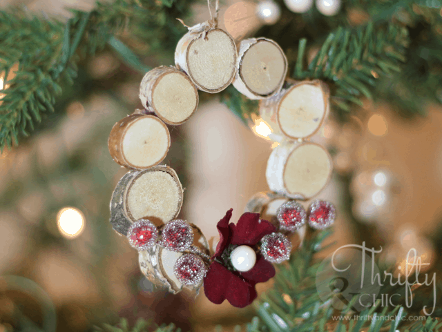 Mini woodland wreath ornaments