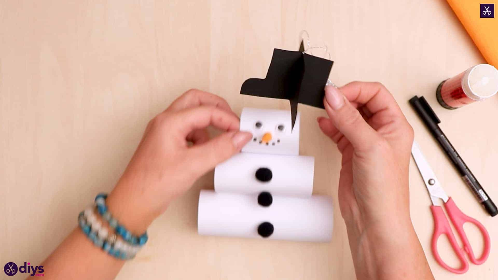 Paper snowman ornament hat