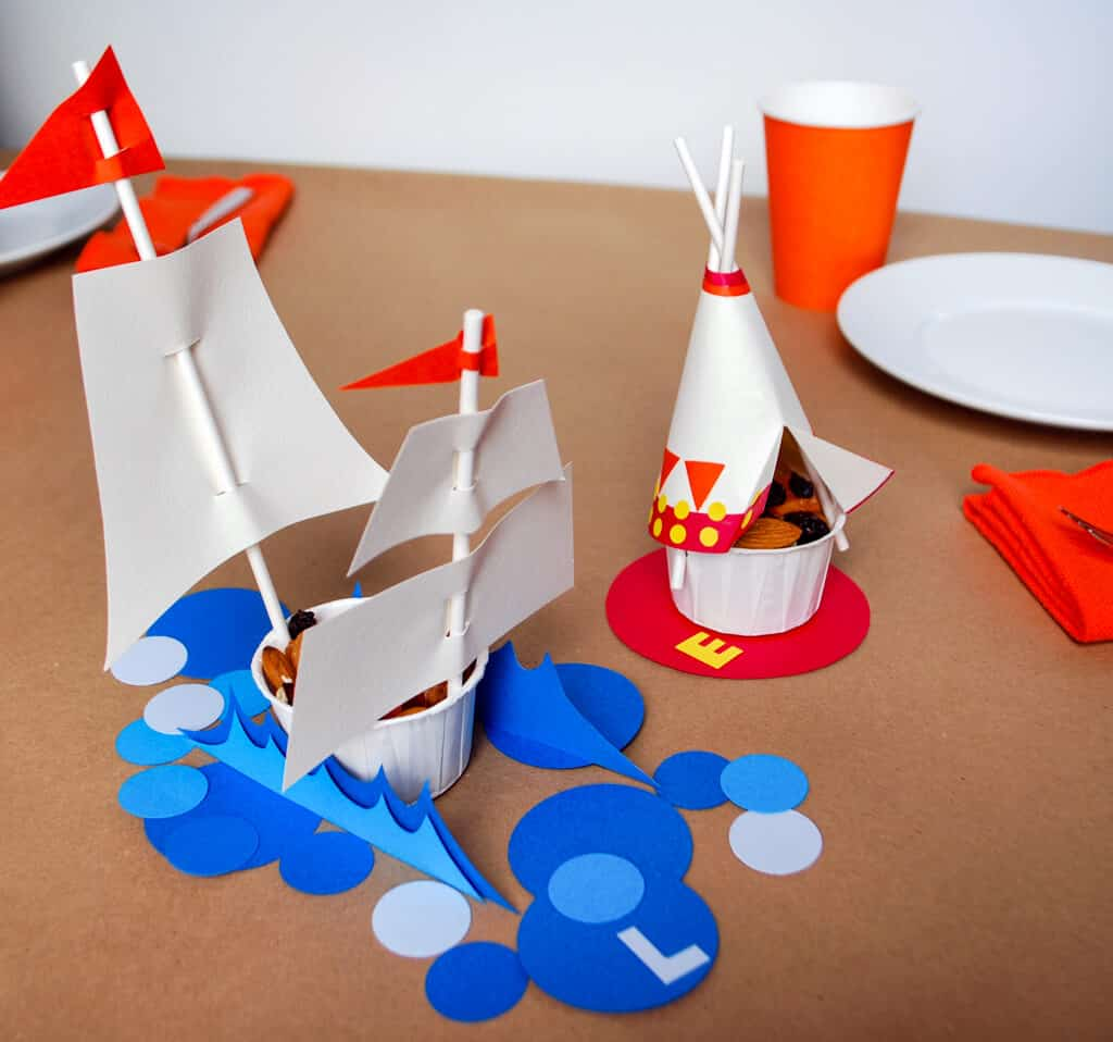 Paper and straw thanksgiving teepee and mayflower snacks