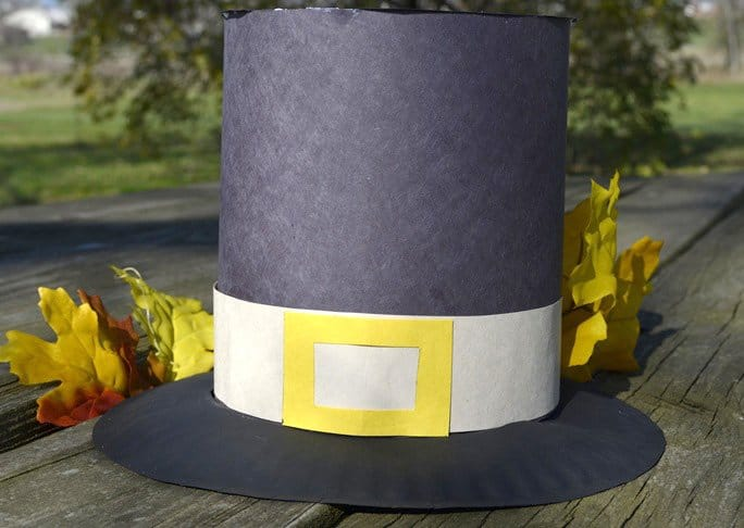 Paper pilgrim hat craft