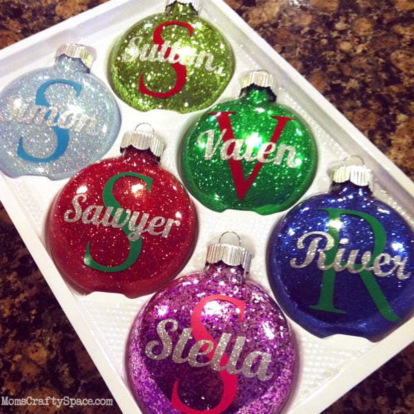 Personalized glass glitter ornaments