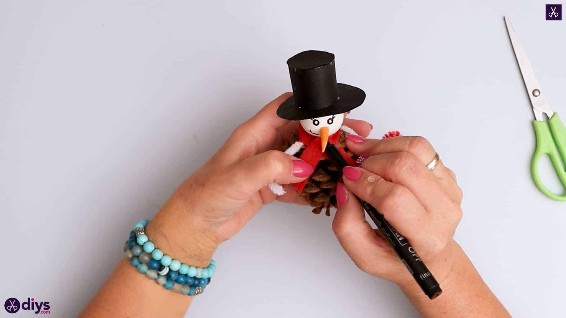 Pinecone snowman hat