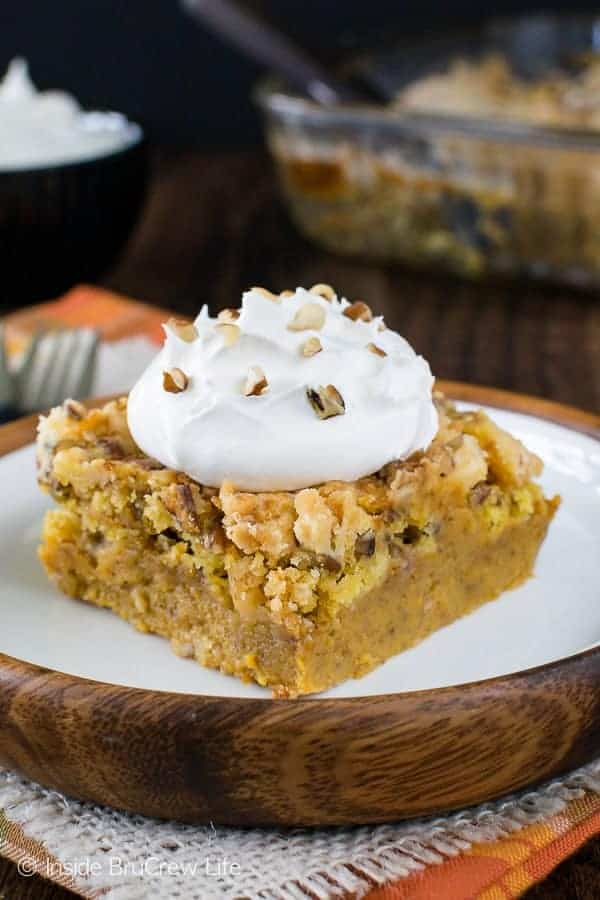 Pumpkin crunch cobbler