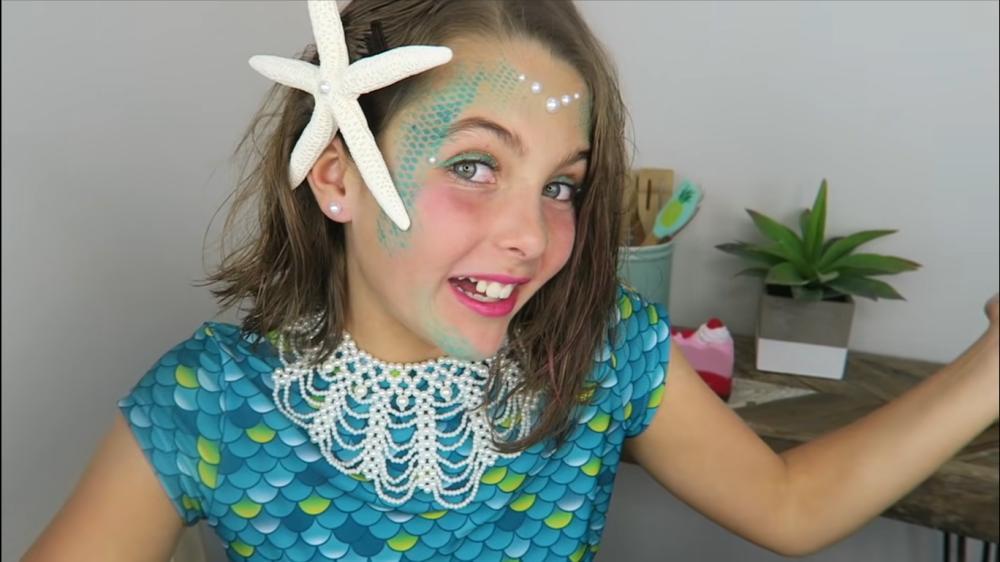 Simple halloween costume ideas mermaid