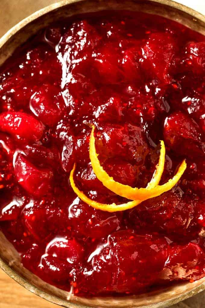 Slow cooker apple raspberry cranberry sauce
