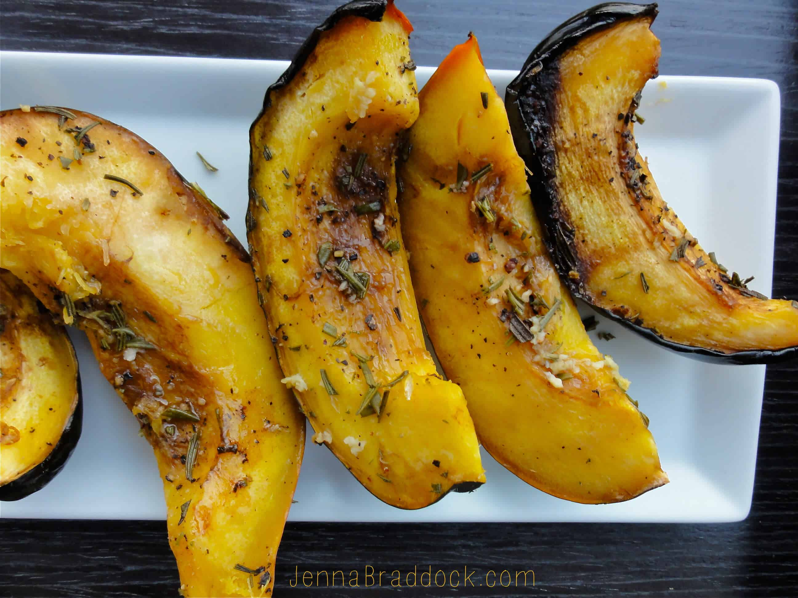 Slow cooker rosemary acorn squash