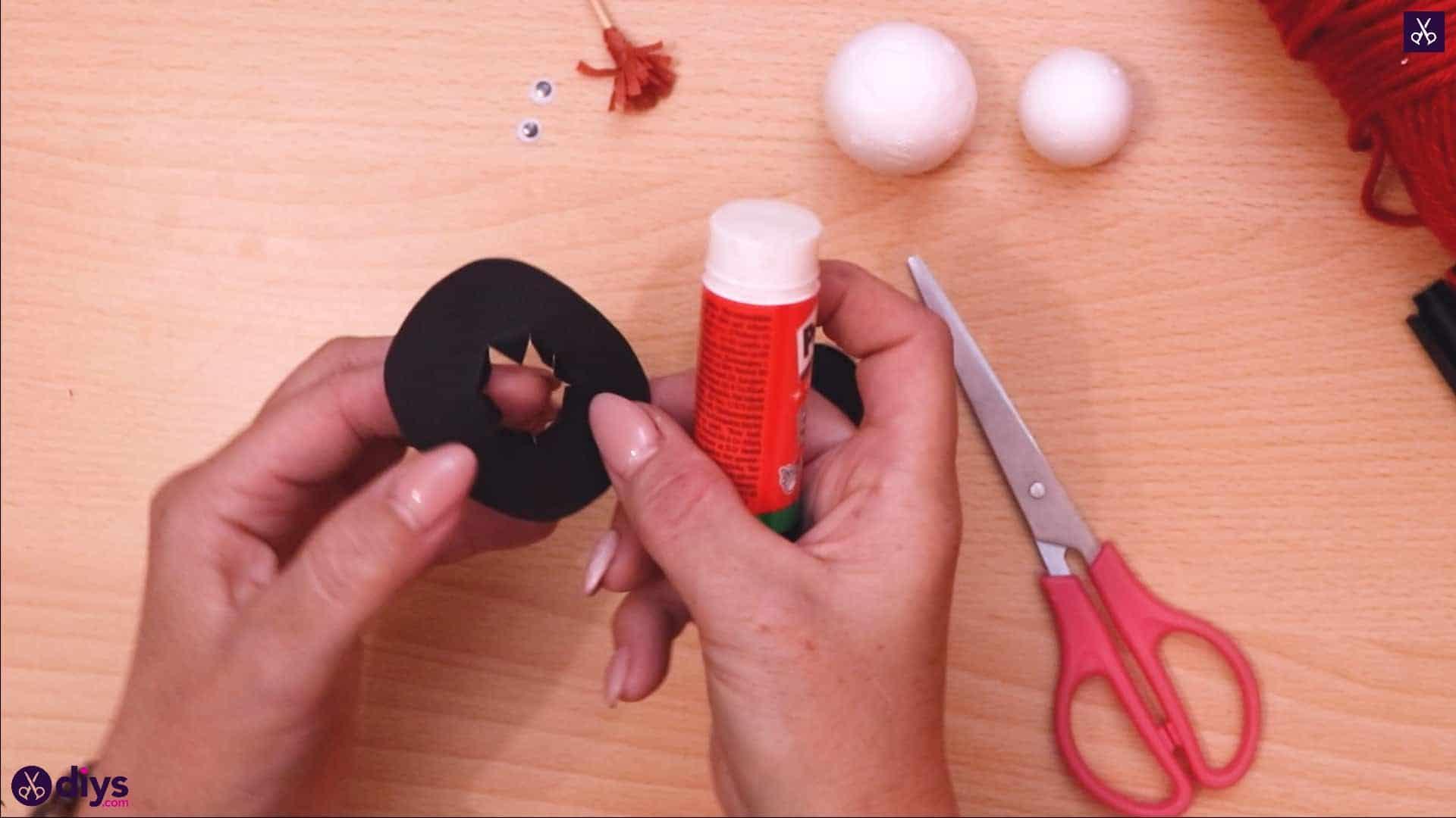 Styrofoam snowman cut add glue