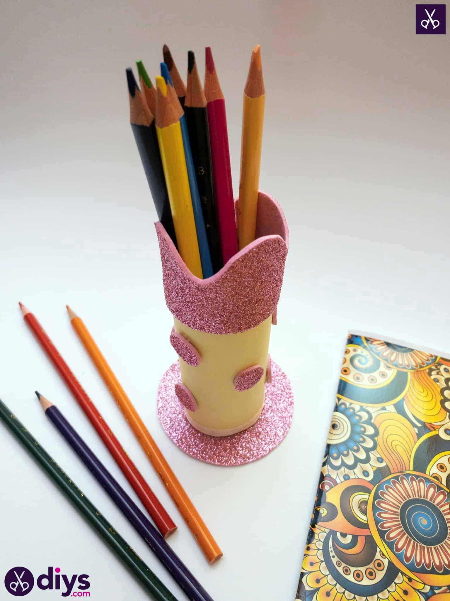 Toilet paper roll pencil holder diy