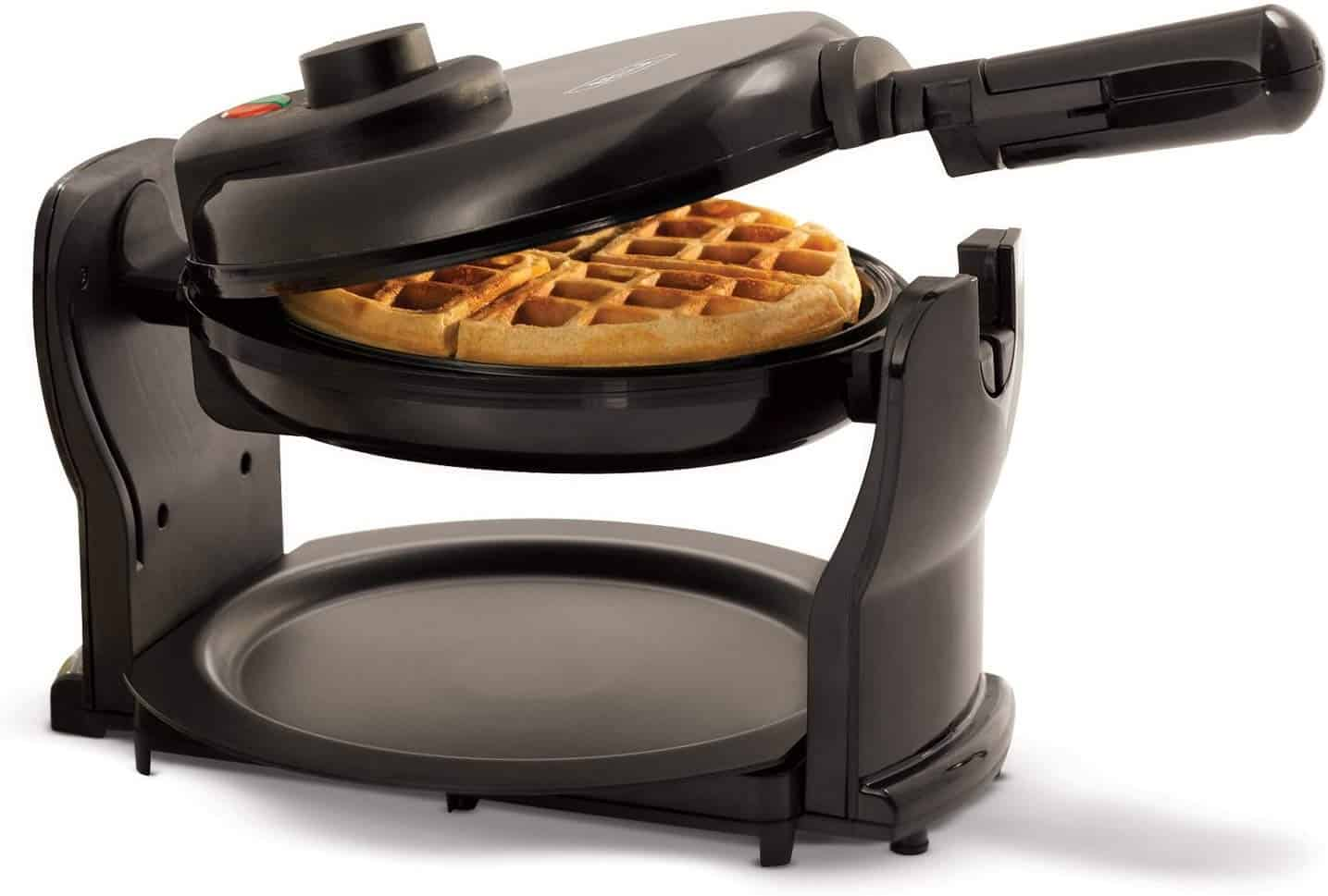 Bella (13591) classic rotating non stick belgian waffle maker