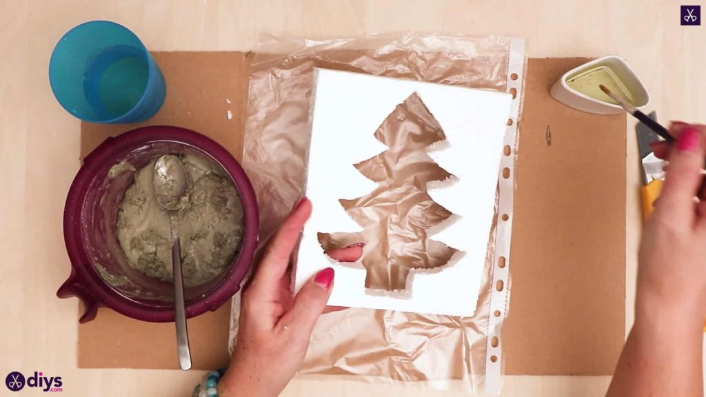 Concrete outdoor christmas tree decoration pour concrete