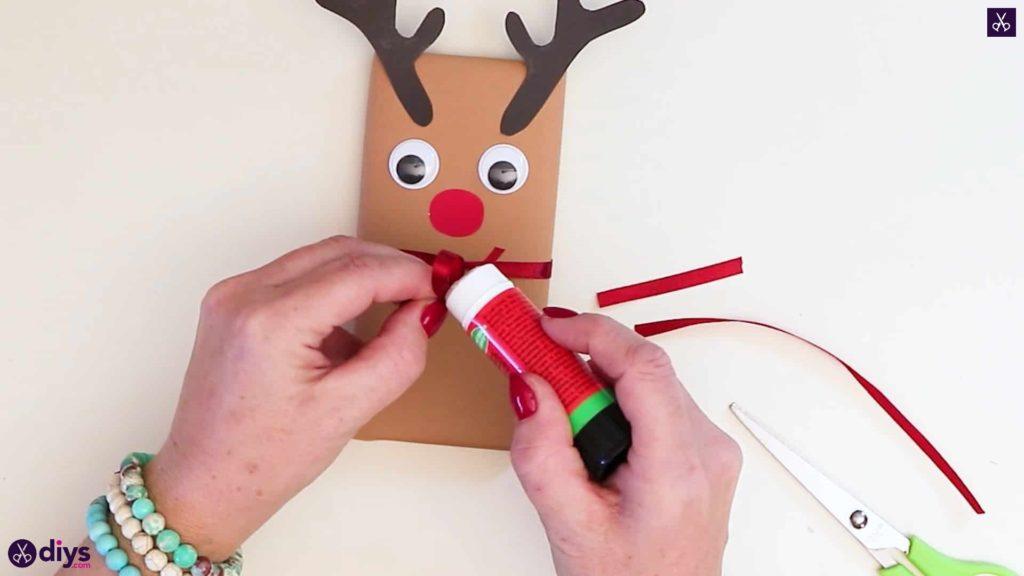 Diy reindeer gift wrap for christmas simple bow