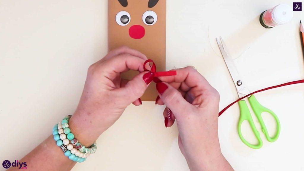 Diy reindeer gift wrap for christmas step 11