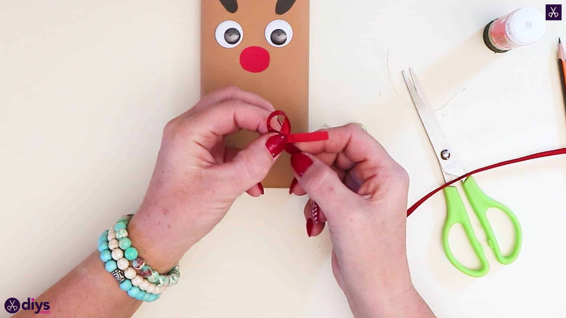 Diy reindeer gift wrap for christmas step 11