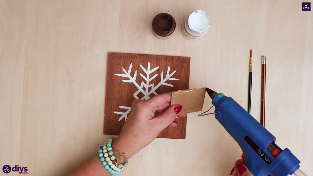 Diy snowflake art christmas decoration glue