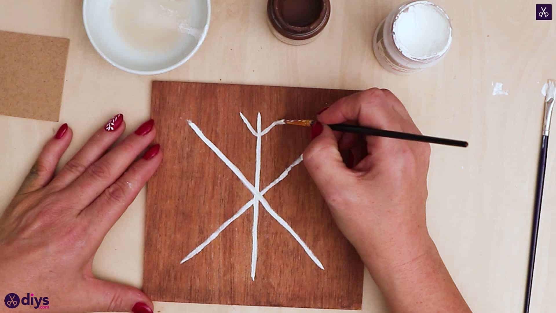Diy snowflake art christmas decoration step 6