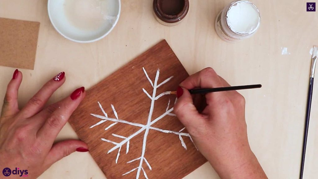 Diy snowflake art christmas decoration step 7