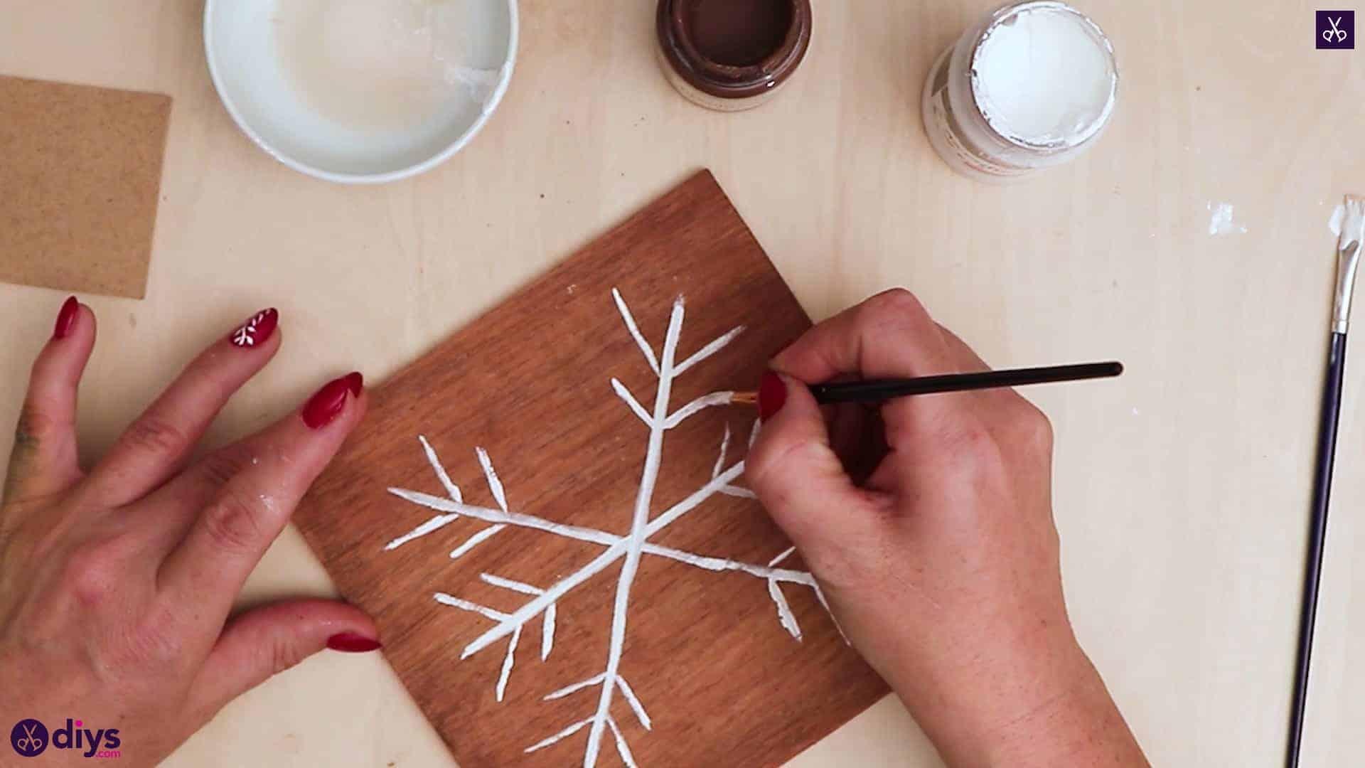 Diy snowflake art christmas decoration step 7