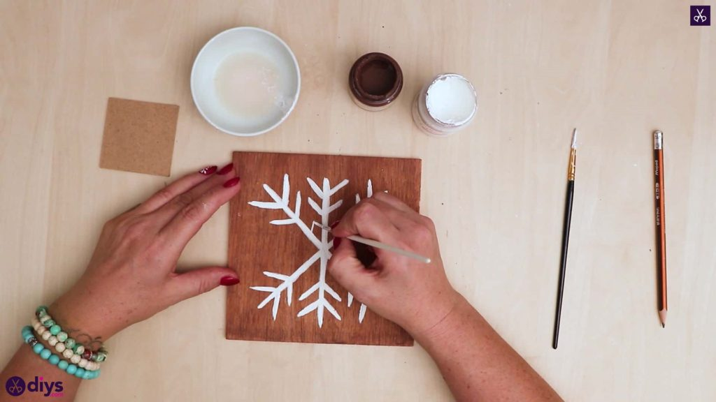 Diy snowflake art christmas decoration step 8