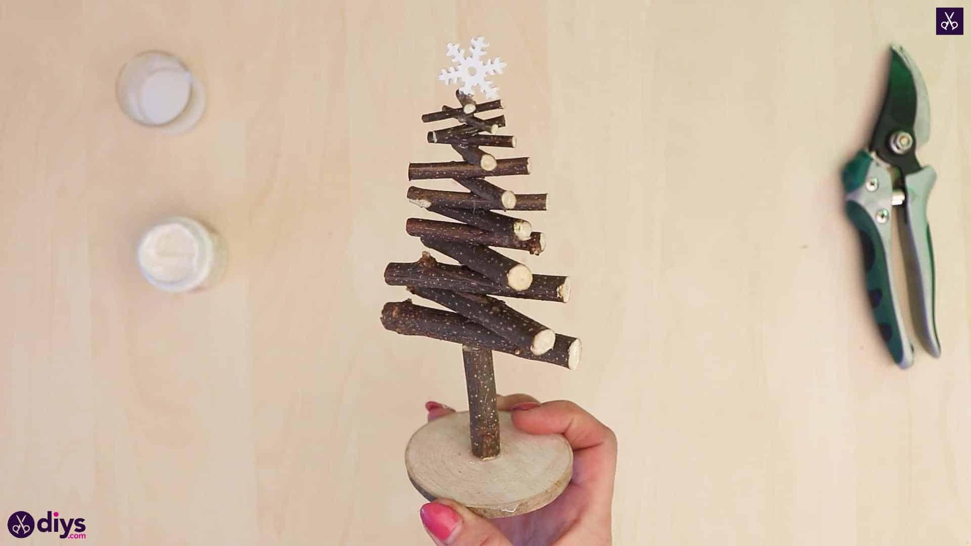 Diy twig christmas tree for kids