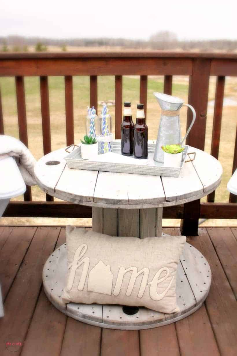 Diy farmhouse style wooden spool table