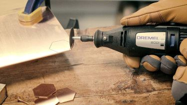 Dremel 3 tool craft & hobby maker kit