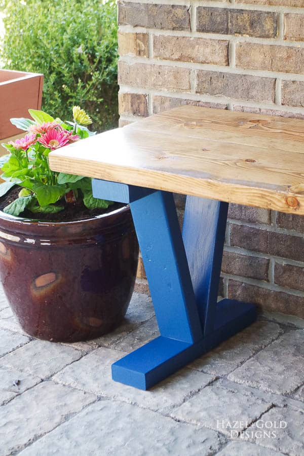 Easy and inexpensive outdoor bench