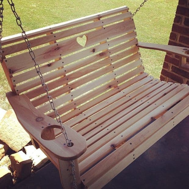 Heart porch swing with cup holders