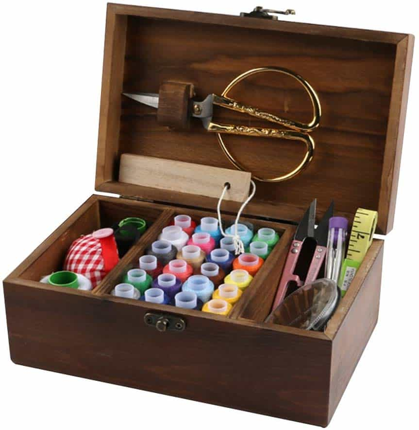 Misslytton sewing kit box