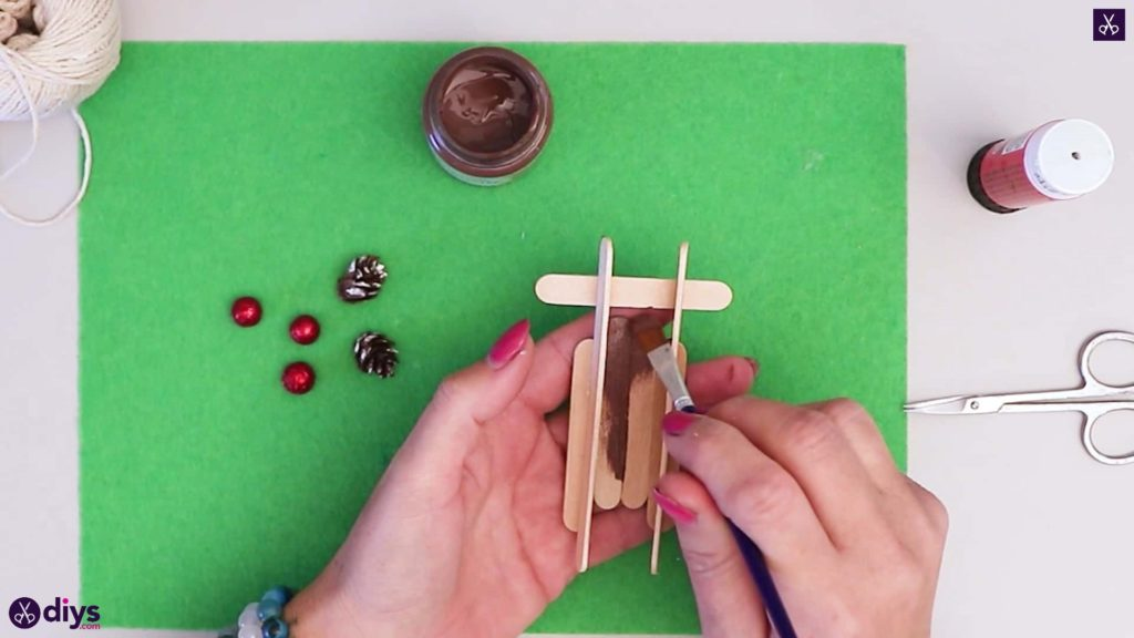 Popsicle stick sledge paint