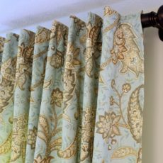 Tablecloth curtains