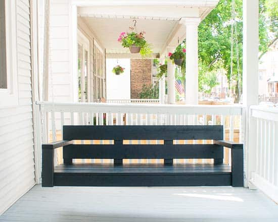 Upcycled wood pallet porch swing