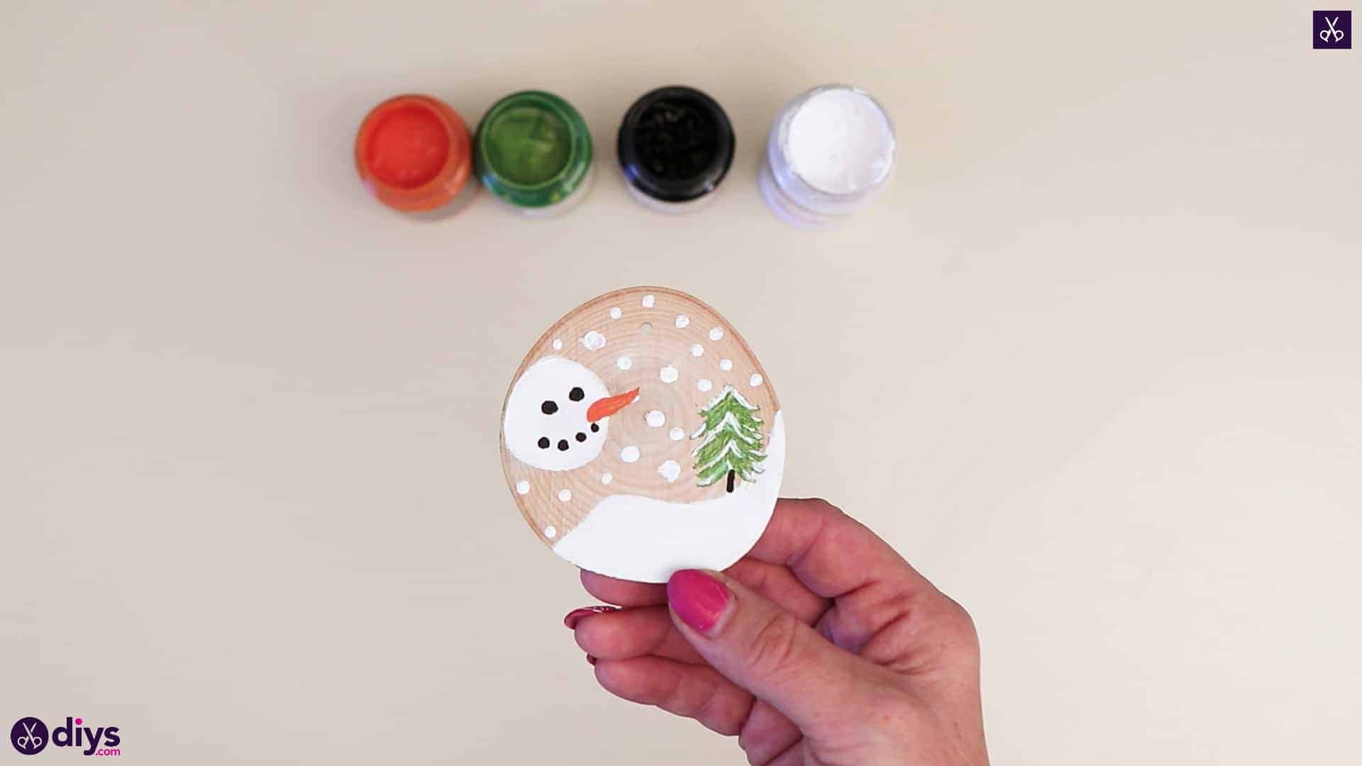 Winter wood slice craft for christmas