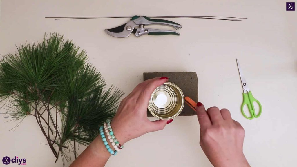 Christmas tree table decoration cutting