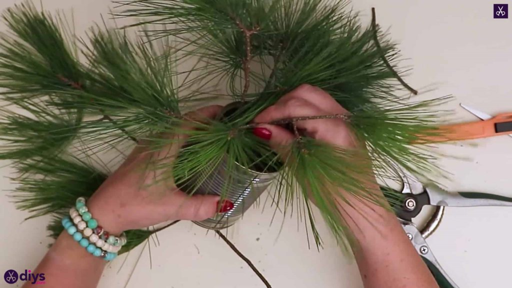 Christmas tree table decoration step 4b
