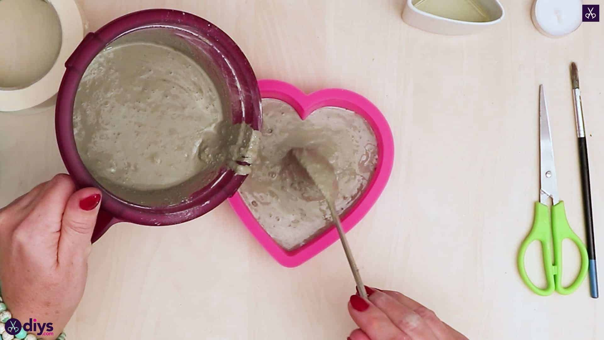 Diy concrete heart candle holder add concrete