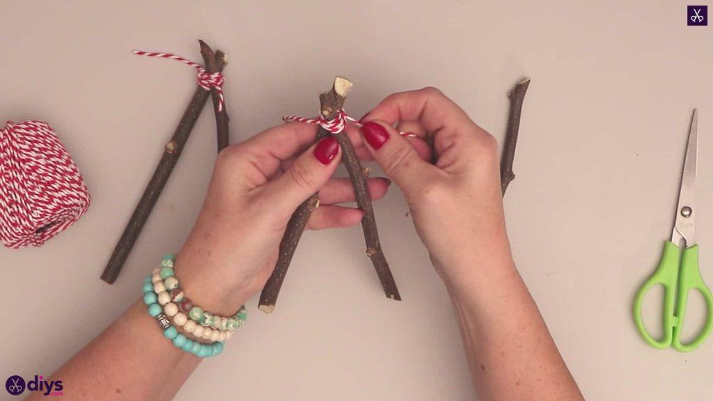 Diy twig star craft step 3