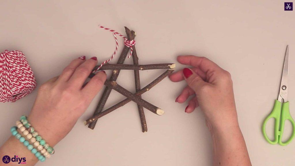 Diy twig star craft step 4