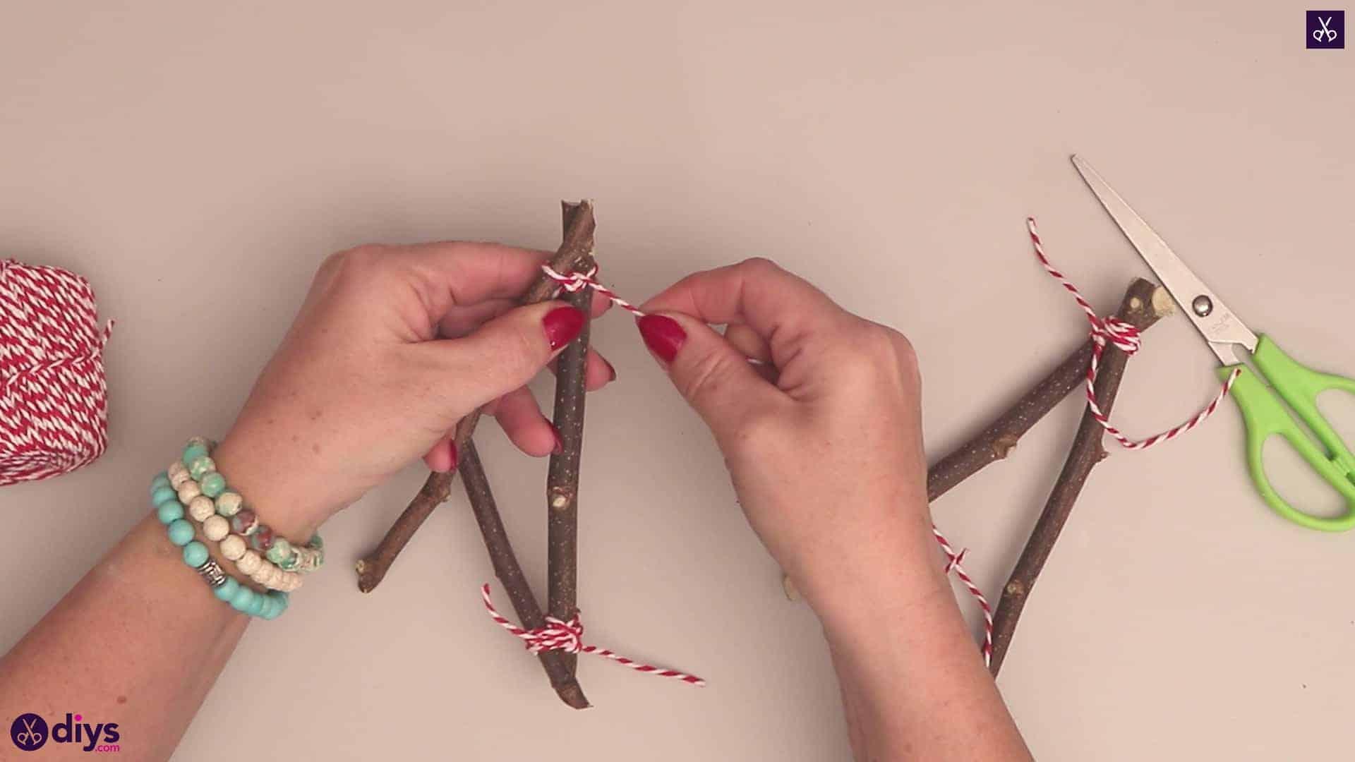 Diy twig star craft step 5