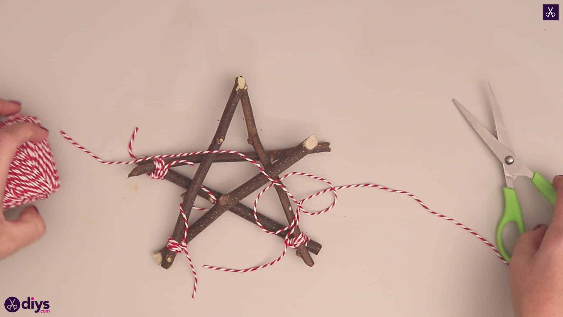 Diy twig star craft step 6