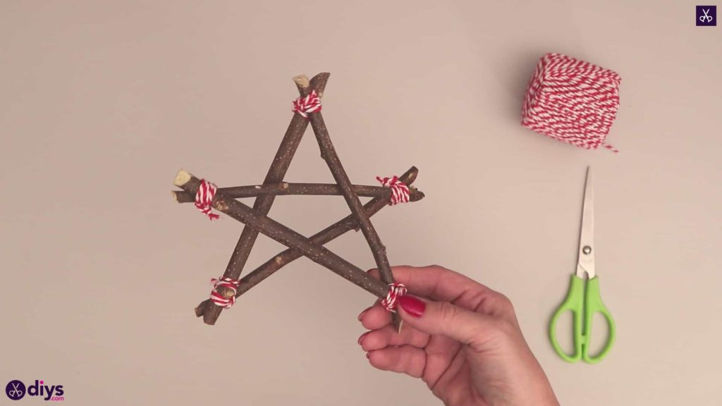 Diy twig star craft step 8